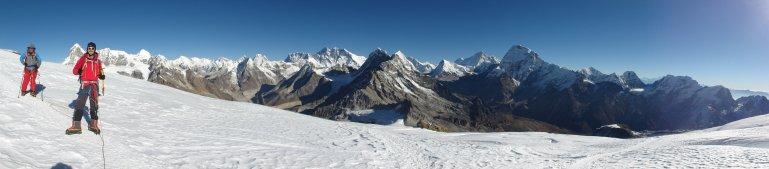 mera-amphu-laptsa-island-peak-2012-512